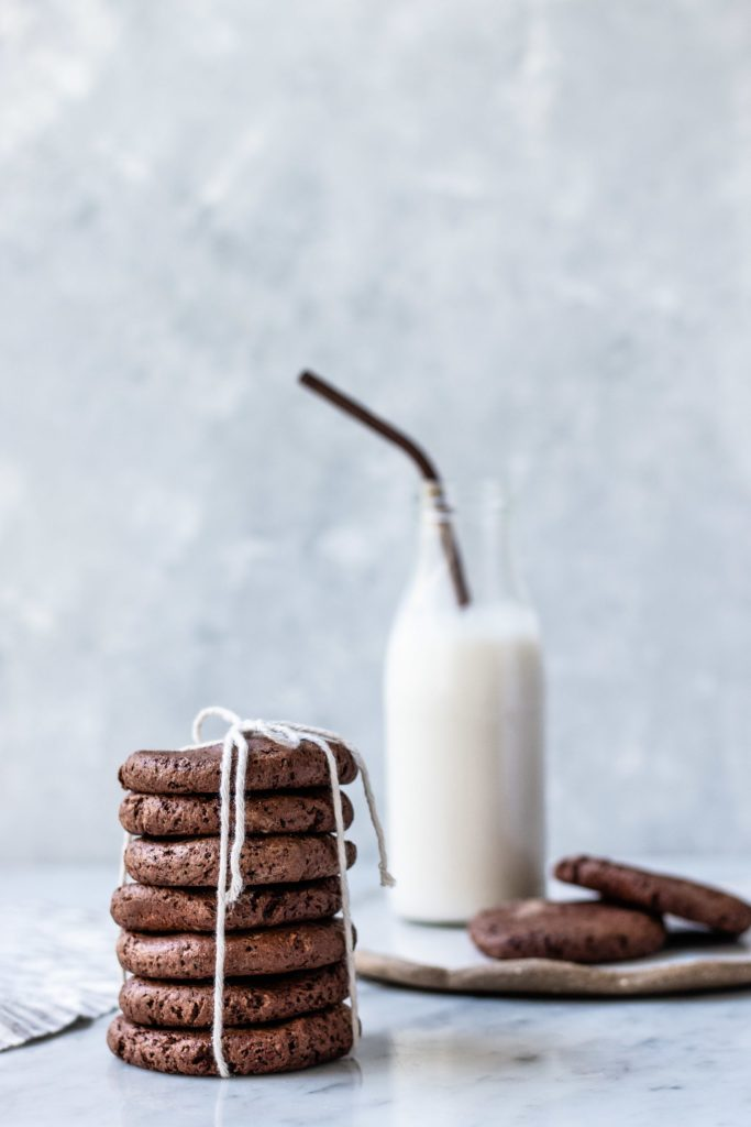 chocolate almond biscuits, vegan chocolate biscuit recipe, vegan recipes, dairy free, gluten free, refined sugar free, sugar free, sugar free recipes, gluten free chocolate biscuit recipe