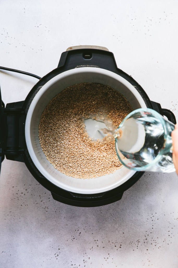 adding water to steel cut oats in ninja foodi pressure cooker