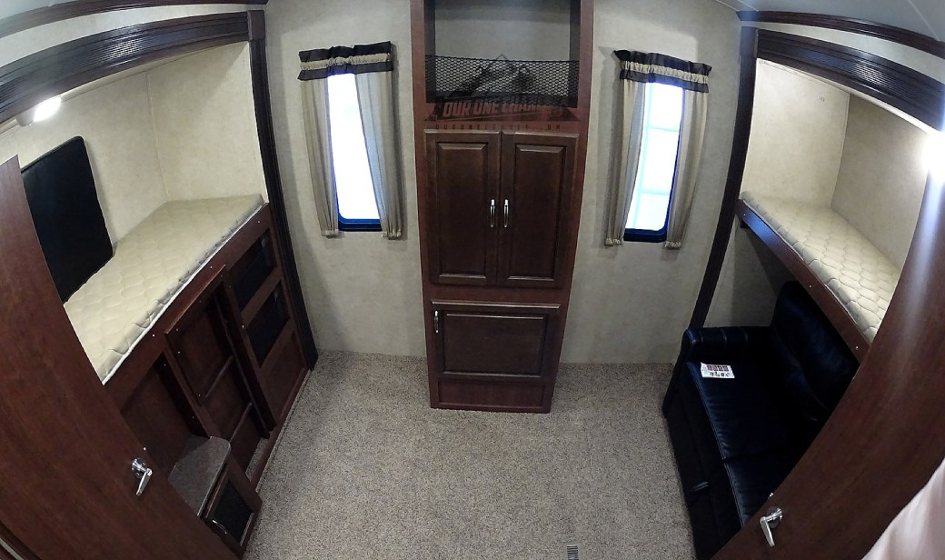 Bay Hill Fifth Wheel RV Living Room Remodel_0004