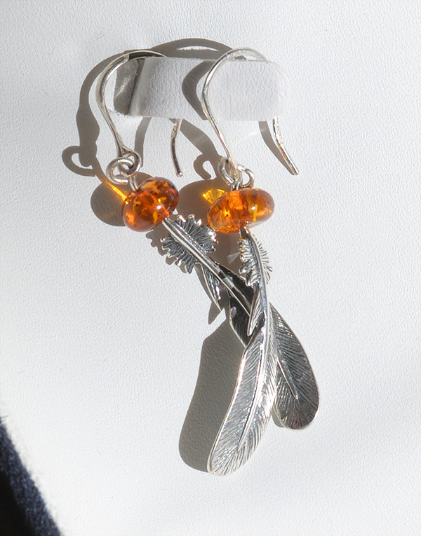Henryka Feather Amber Earring (3)