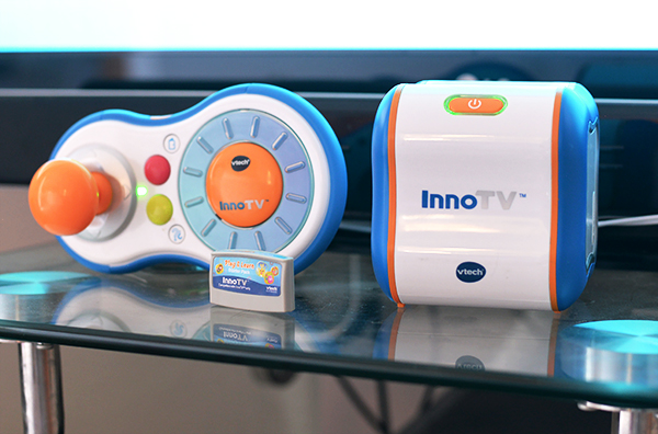 VTECH InnoTV controller and console