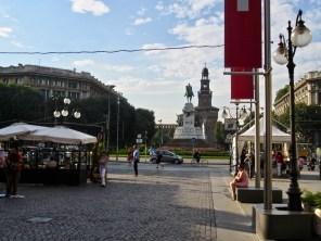 Milan (332)