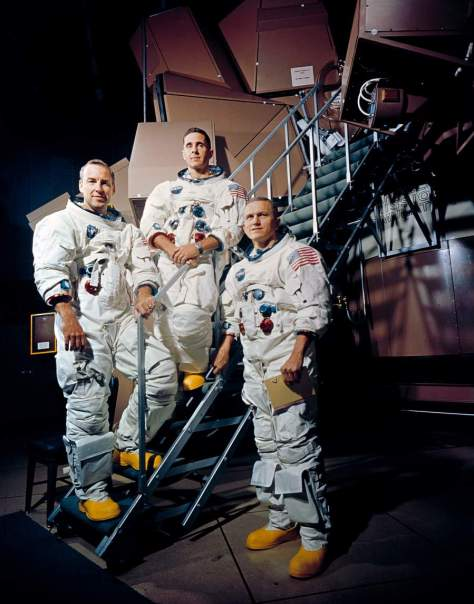 Apollo 8 Crewmembers - the people who saw the first earthrise