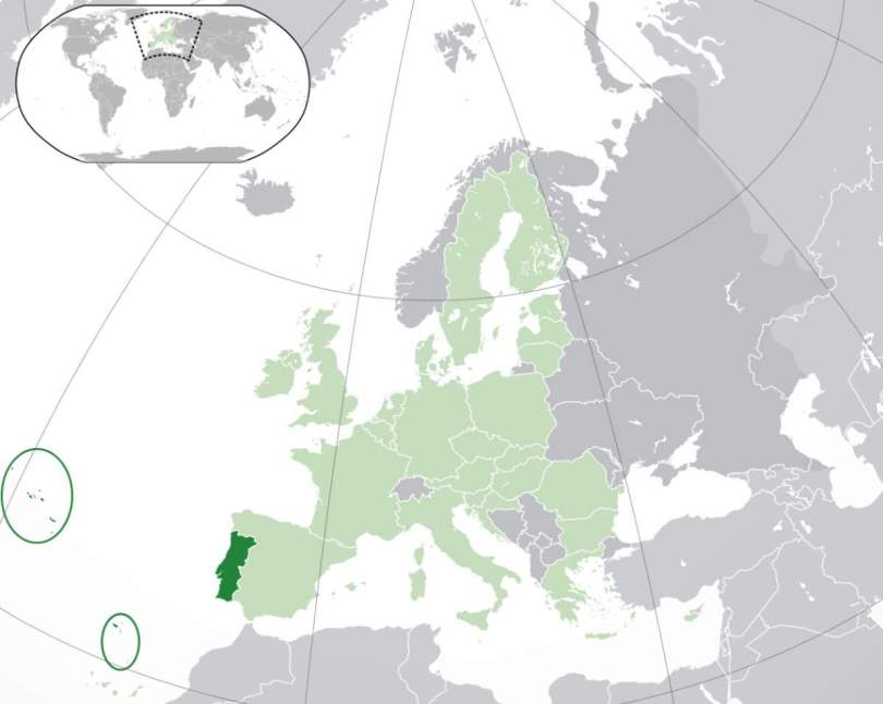 Location of Portugal with islands circled