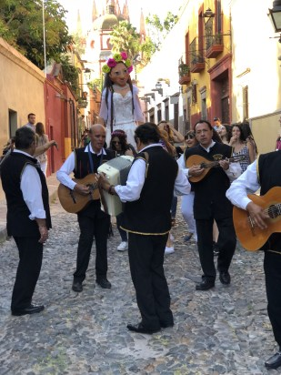 music in the streets in San Miguel de Allende