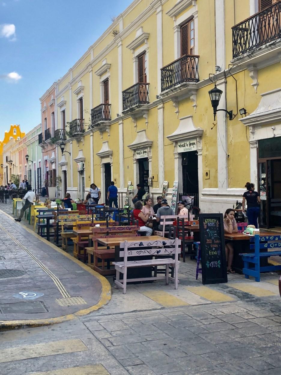 Colorful Campeche calle 59