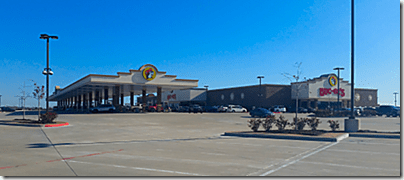 Buc-ee's TC Outside_thumb[3]