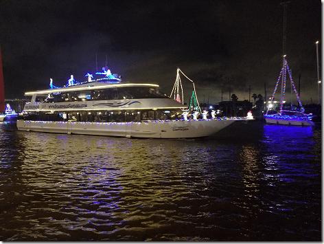 2018 Christmas Boat Parade 08