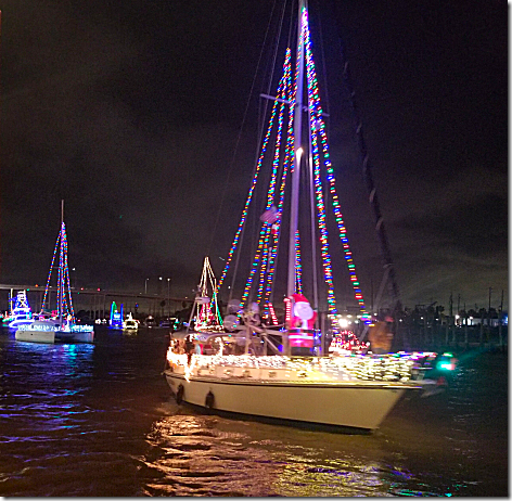 2018 Christmas Boat Parade 10