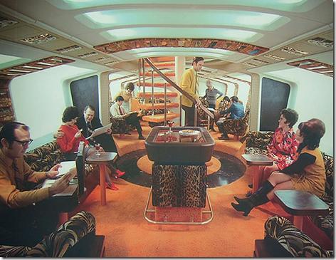 747 Piano Bar-Lounge