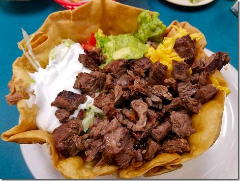 Los Ramirez Beef Fajita Taco Salad 3