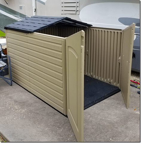 Rubbermaid Shed with Doors and Roof Slide Back