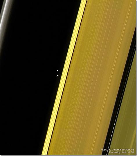 SaturnEarthMoon_Cassini_960