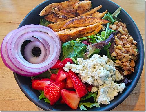 Gator's Strawberry Walnut Salad
