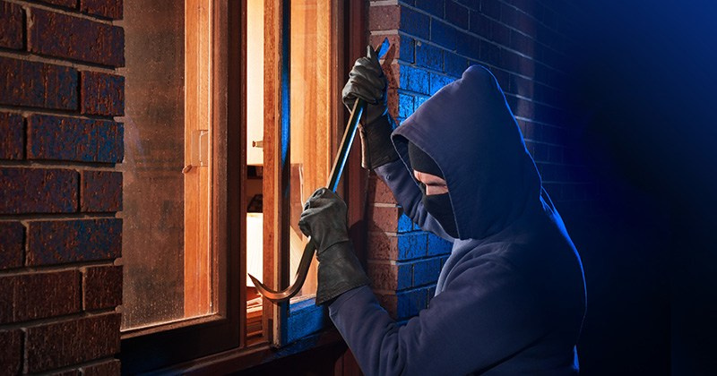 Don't put out a welcome mat for home burglars and robbers