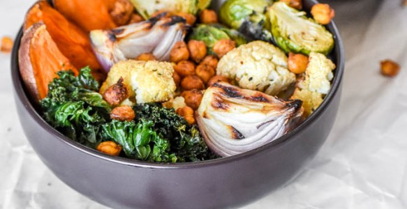 Roasted Veggies, Kale, & Chickpea Buddha Bowl + Information on How to Cook Chickpeas