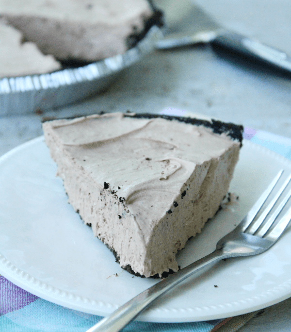 Three Ingredient No-Bake Hershey's Pie : Table for Seven