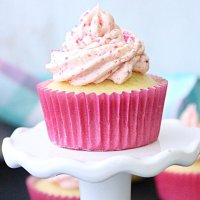 Lemon Cupcakes with Fresh Strawberry Buttercream Frosting