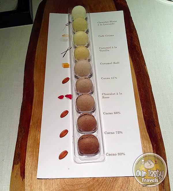 Mini macarons Narisawa