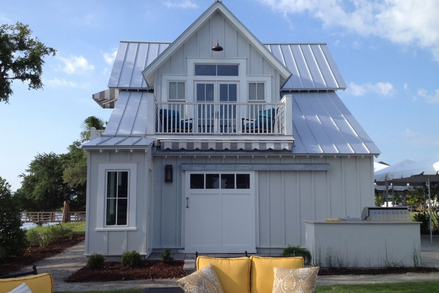 Our Town Plans 2014 Coastal Living Showhouse Garage 493 conditioned sq ft