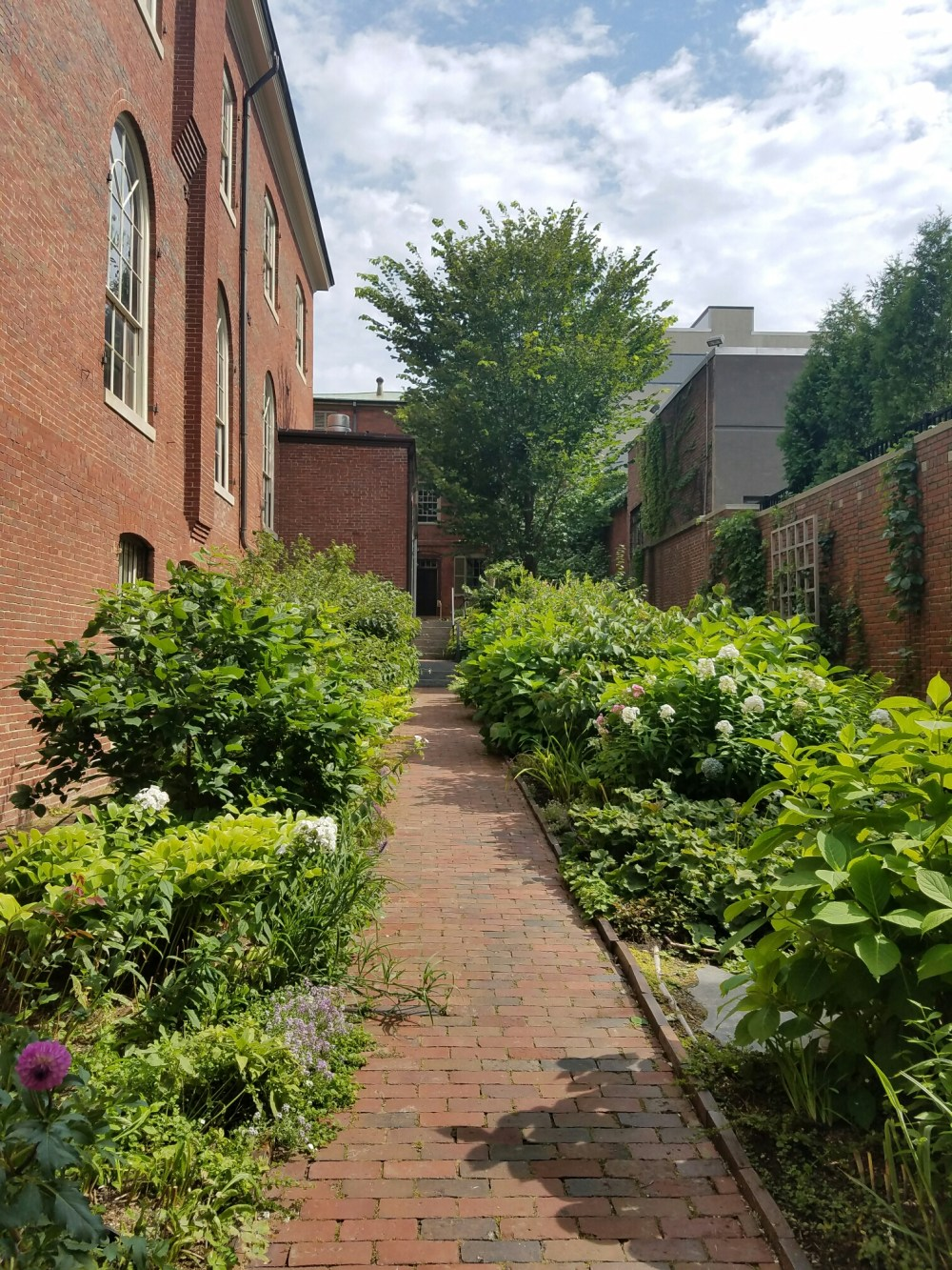 Gardens at the Wadsworth-Longfellow House, former homeof famous poet Henry Wadsworth Longfellow