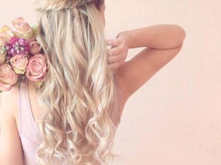 Hair Extensions by Clipinhair
