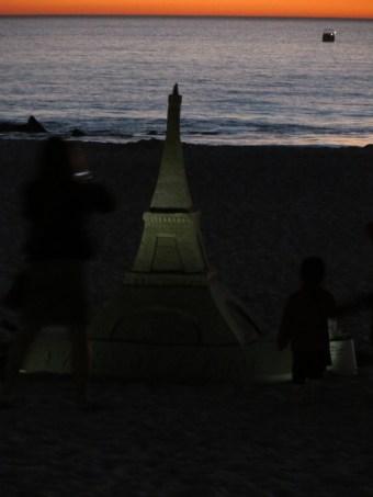 Beautiful Eiffel Tower sand sculpture