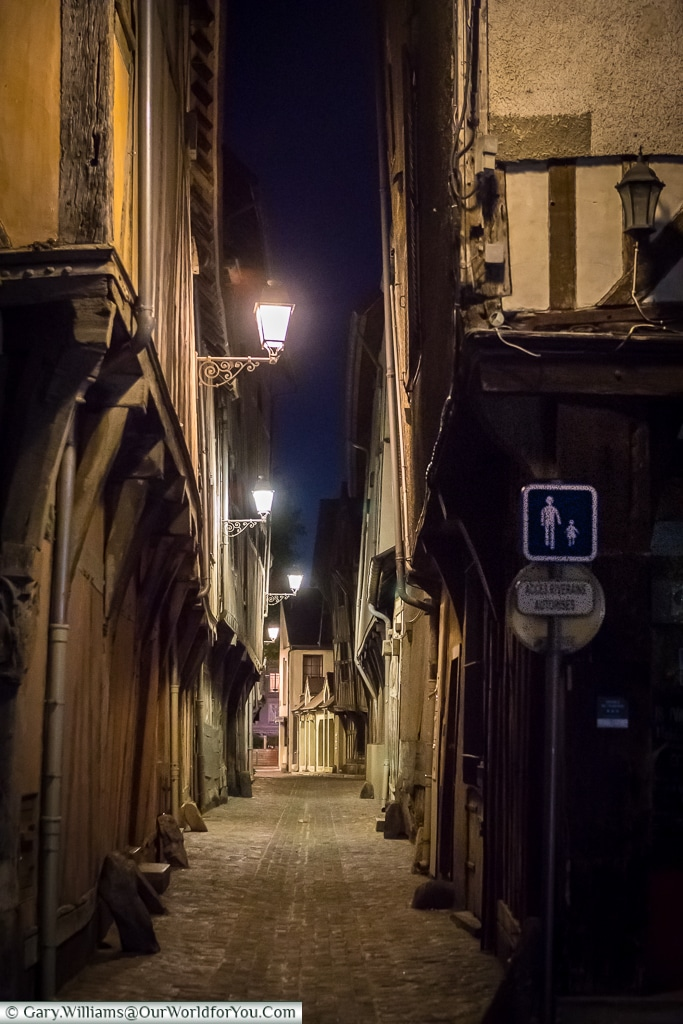 The lanes at night, Troyes, Champagne, Grand Est, Franceance
