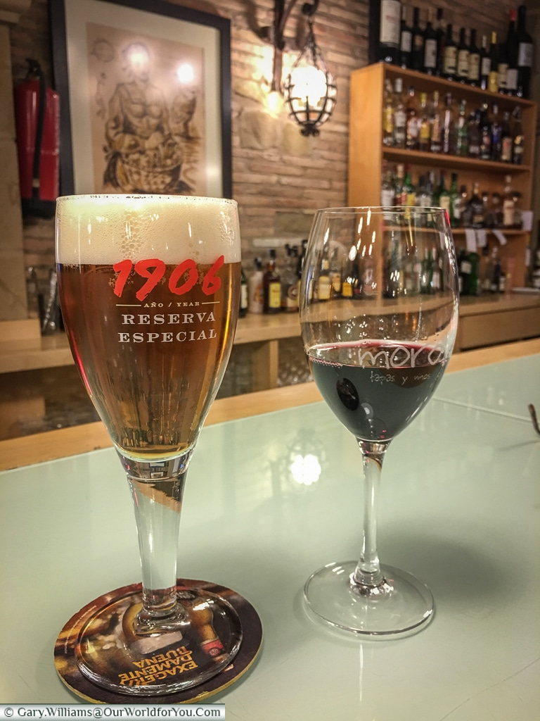 A beer and a wine, Logroño, Spain