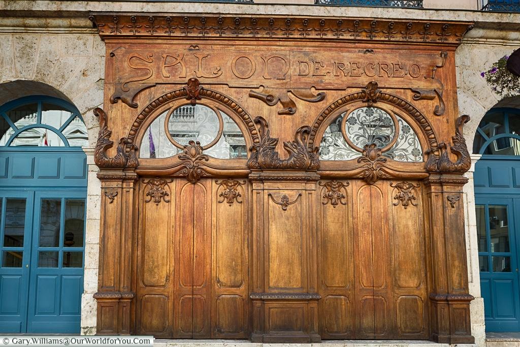 Art Deco elegance, Burgos, Spain