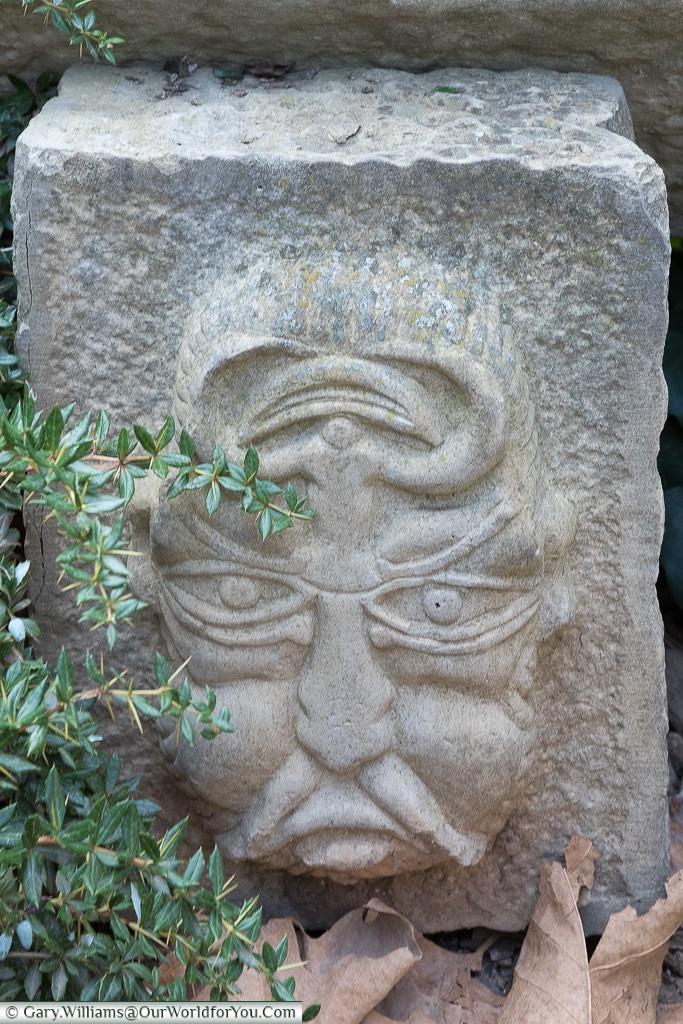 Face 1, Logroño, Spain