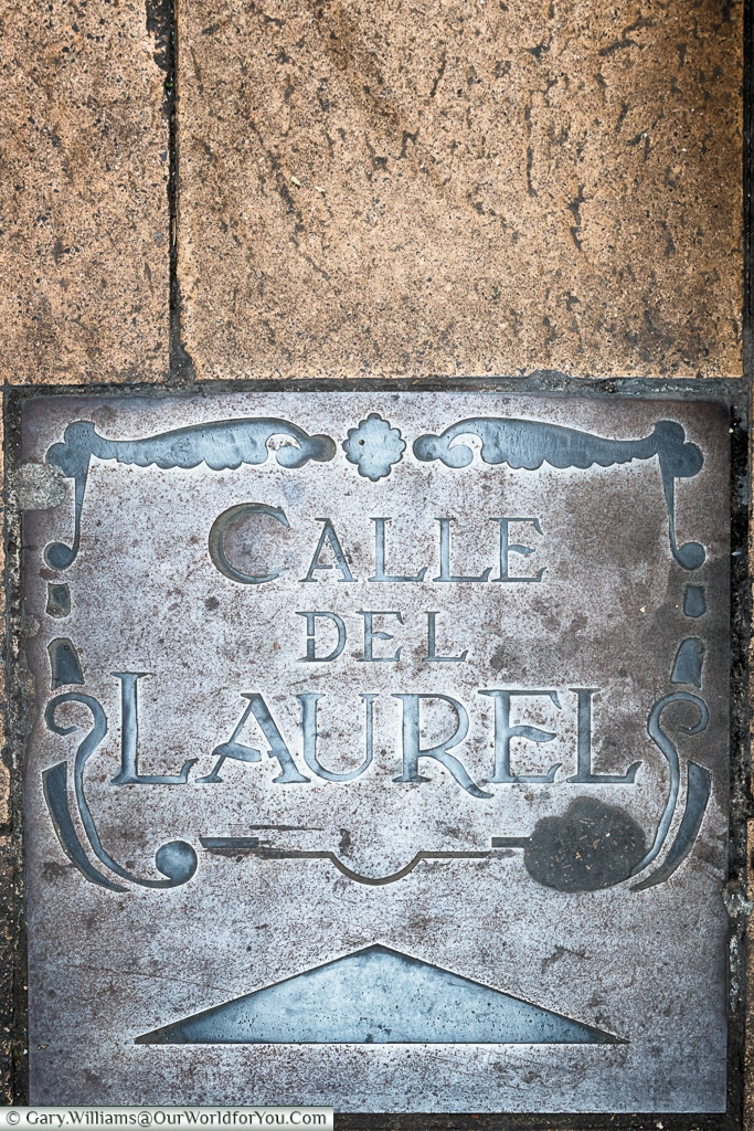 Sign of Calle del Laurel, Logroño, Spain