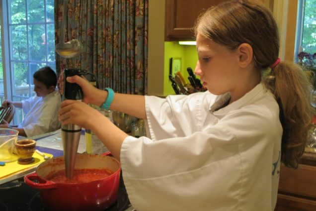 Using the immersion blender on pizza sauce