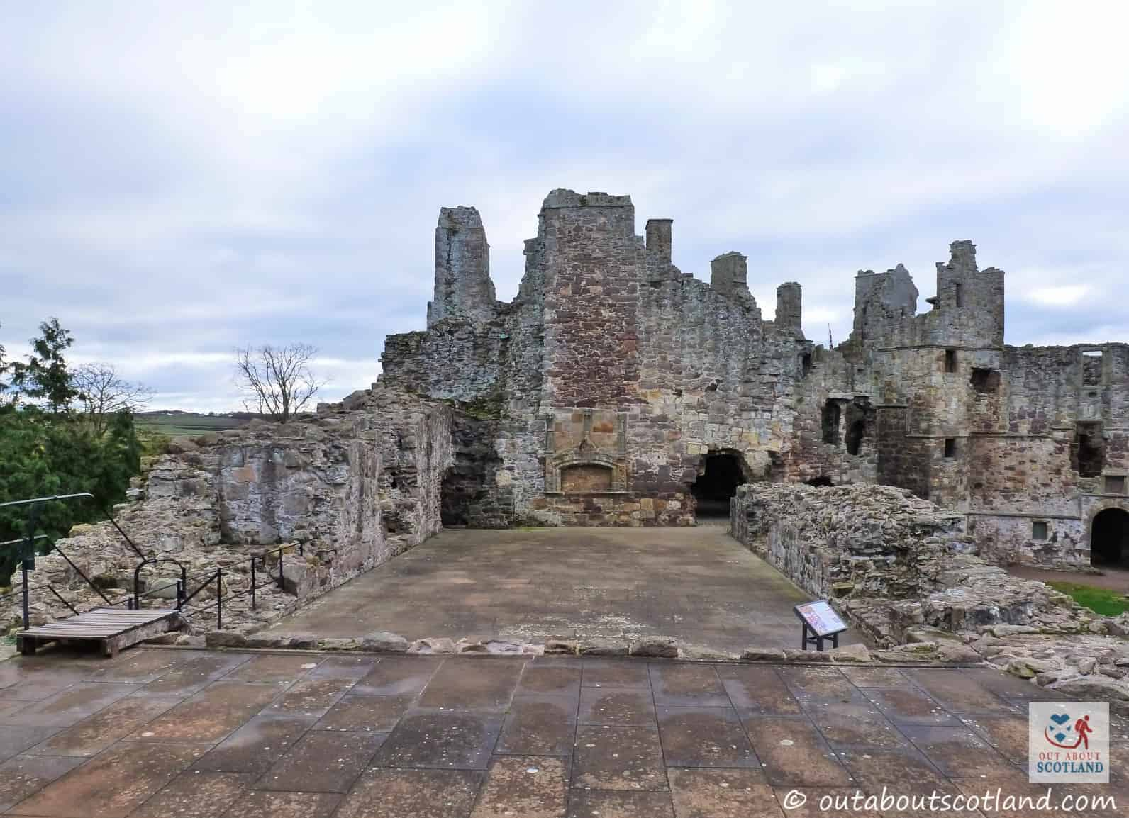 Dirleton Castle (11 of 16)