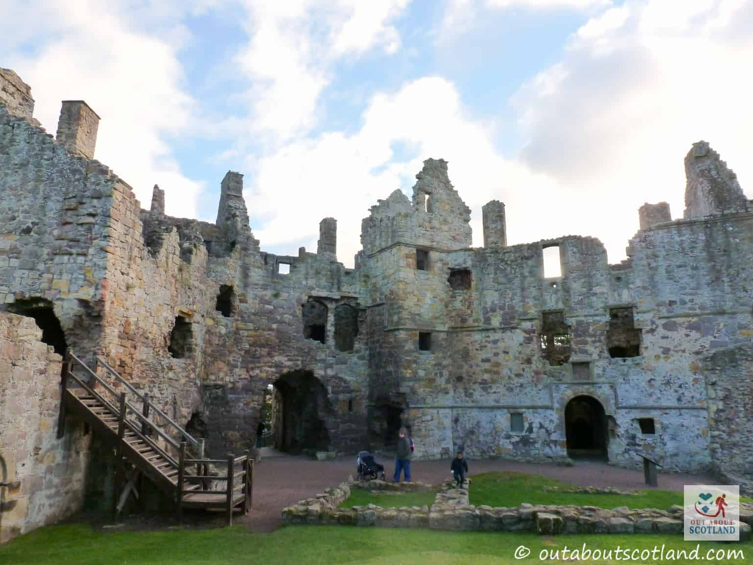 Dirleton Castle (13 of 16)