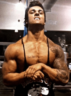 zyzz shoulders