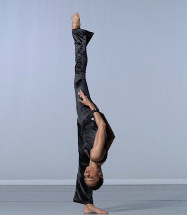 AAADTs-Linda-Celeste-Sims-in-Alvin-Ailey's-Pas-De-Duke-photo-by-Lois-Greenfield.