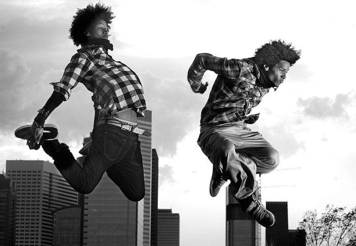 1024px-Les_Twins_jump