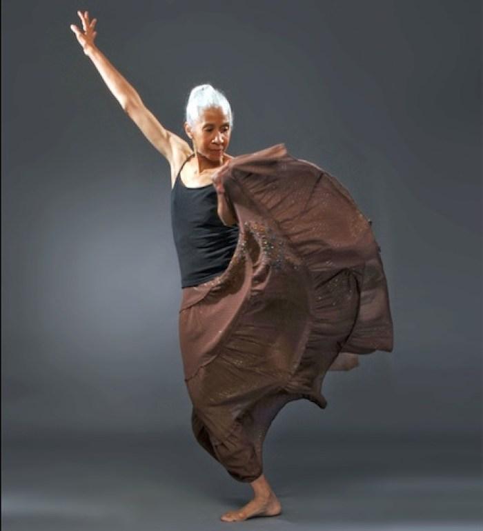 smallerdianne_mcintyre-dance_2_-_photo_by_larry_coleman1