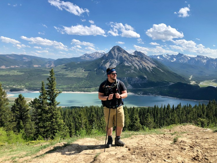 Hiking Yates Mountain via Prairie View Trail