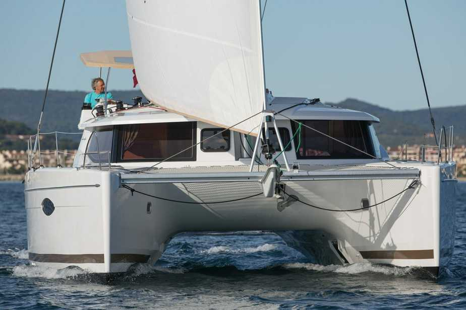 Helia 44 Under Full Sail - head on
