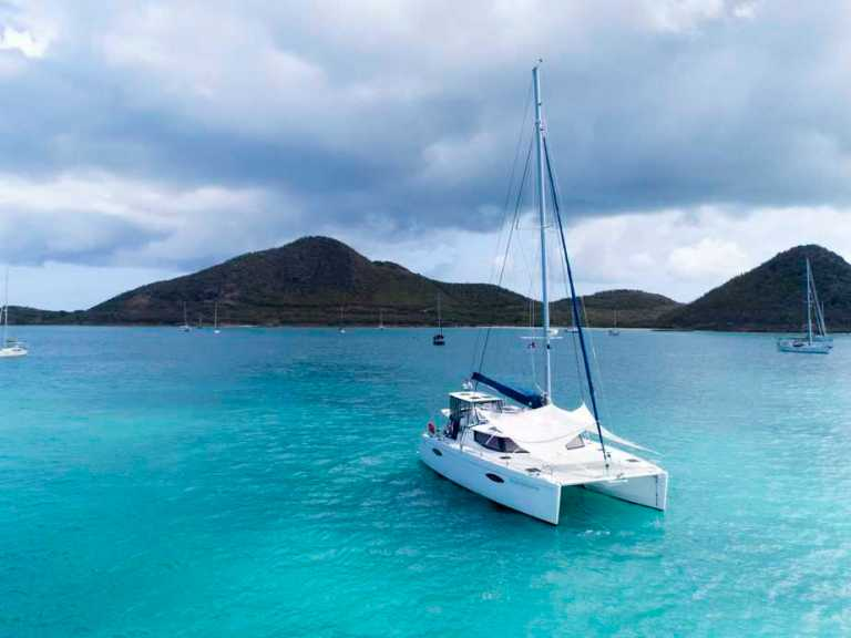 Fountaine Pajot Helia 44 Review