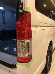 ハイエース IPF バックランプ LED T16 303BL 交換 マスキング