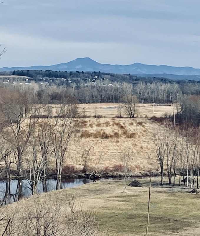day hikes in Northern Vermont-Macrae Farm viewpoint