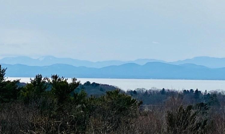 day hikes in Northern Vermont-Ethan Allen Park