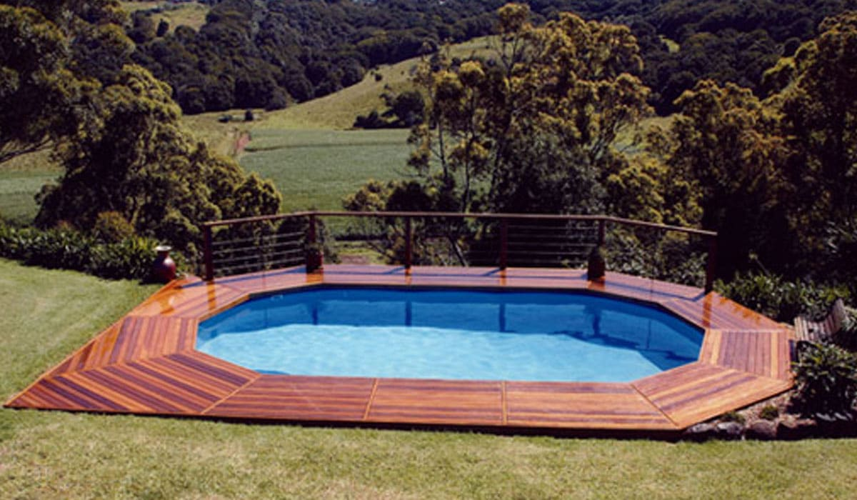 42 above ground pools with decks tips ideas design for Above ground pool decks with hot tub