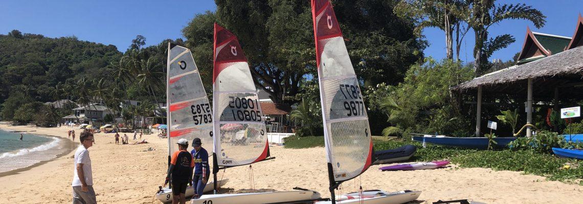 Schools dinghy sailing