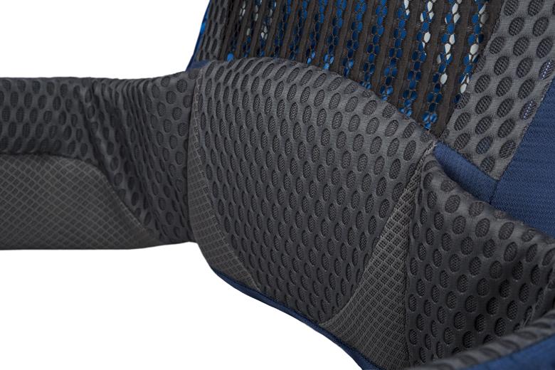 De Gregory Optic en Octal hebben een lumbaalsteun en een ventilerend stretch rugpand.