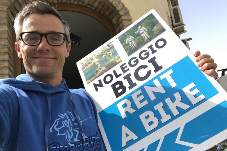 ProBike rent in Pula levert de prima trekkingfietsen en een e-bike.