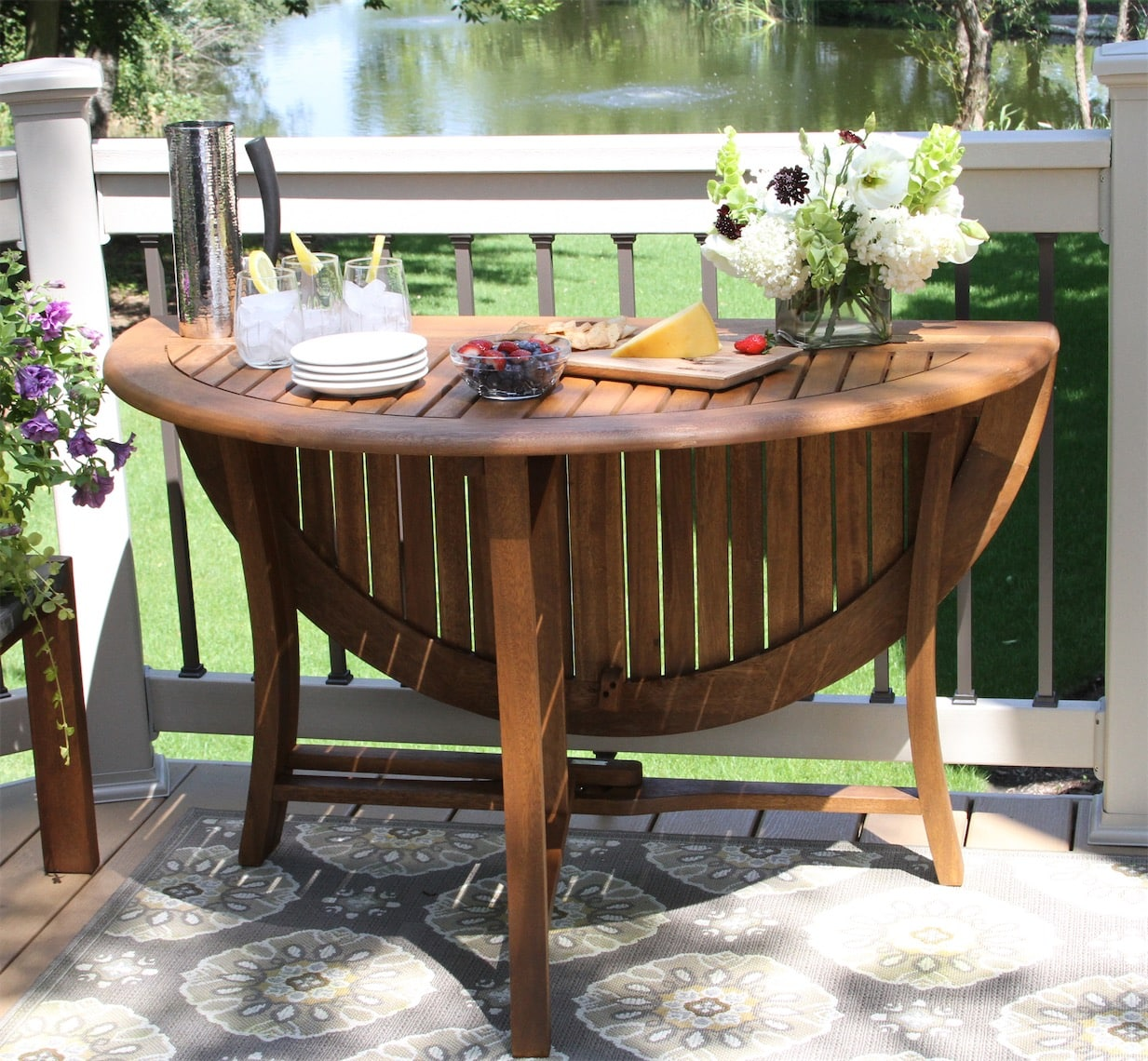 round eucalyptus folding table